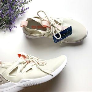 NEW Cream Reebok Ortholite Women Sneakers Size 6.5